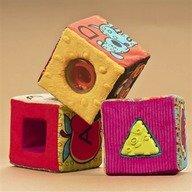 B.Toys Set 6 cuburi plus ABC