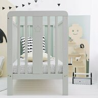 Woodies Safe Dreams - Patut din lemn + saltea Star Baby Cocos-Spuma-Cocos, 120x60 cm, Gri