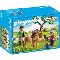 Playmobil - Veterinar cu ponei si manz