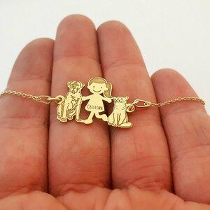 Bratara Familie - 3 Membri - fata cu pisica si caine Cane Corso - Argint 925 placat cu Aur galben 14K, cu lantisor