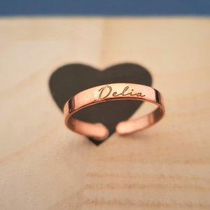 Inel personalizat cu nume - Argint 925 placat cu Aur roz 14k