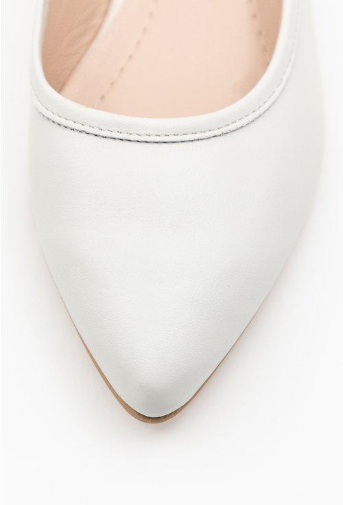 Balerini nuanta alb fildes din piele naturala