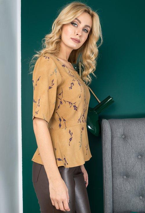 Bluza din viscoza camel cu imprimeu verde si mov Viki