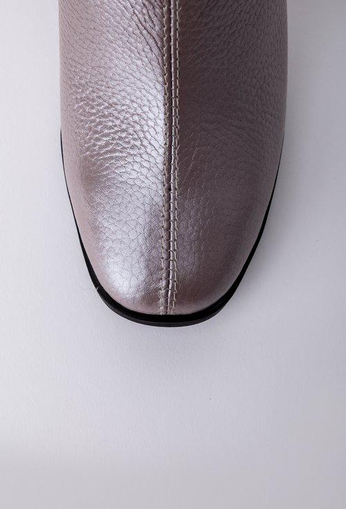 Botine din piele naturala texturata nuanta lila perlat
