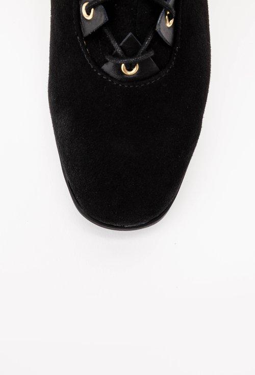 Botine negre din piele naturala intoarsa cu siret Iunia