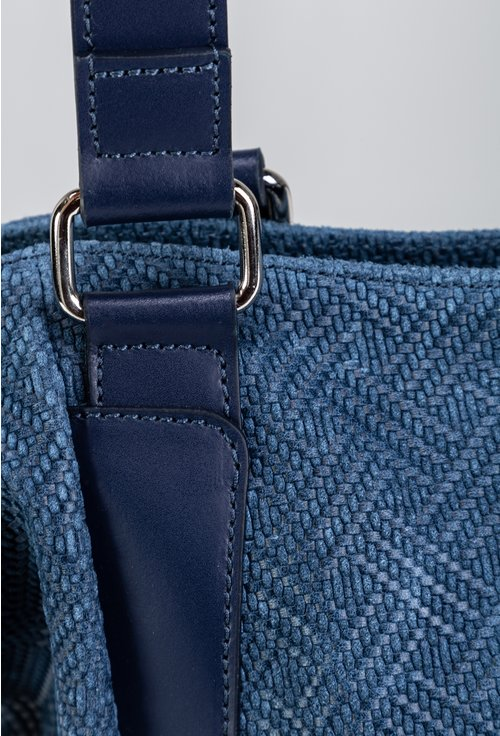 Geanta bleumarin din piele naturala cu design impletit