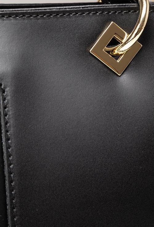 Geanta neagra din piele cu detaliu metalic romb