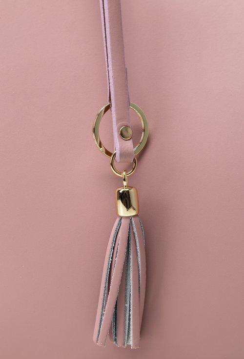 Geanta eleganta roz din piele cu accesoriu ciucure