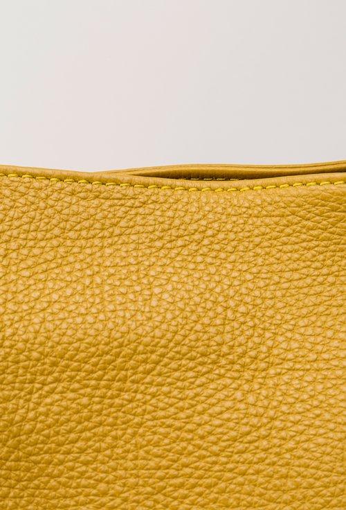 Geanta galben-mustar din piele naturala Ria