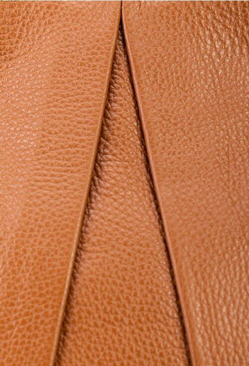 Geanta maro confectionata din piele naturala texturata