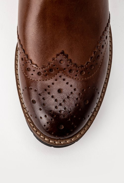 Ghete maro cu detalii perforate din piele naturala Morelo