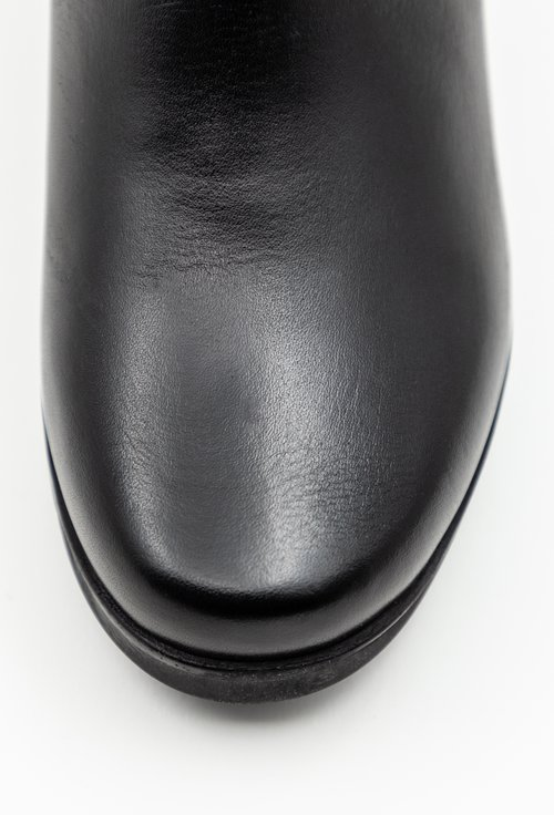 Ghete negre din piele naturala cu detalii