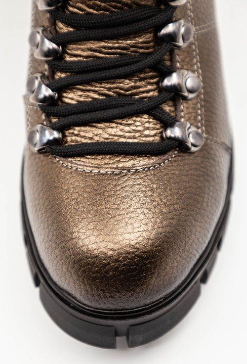 Ghete nuanta bronz sidefat din piele naturala texturata
