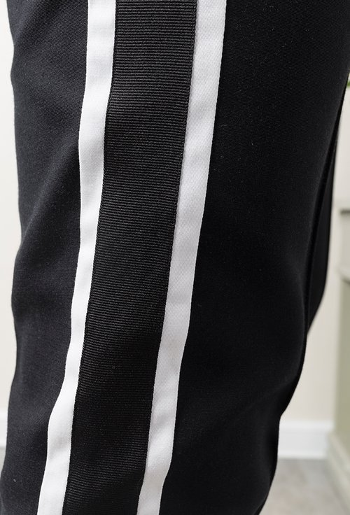 Pantaloni office negri cu vipusca alba Alfie
