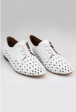 Pantofi albi perforati tip oxford din piele naturala