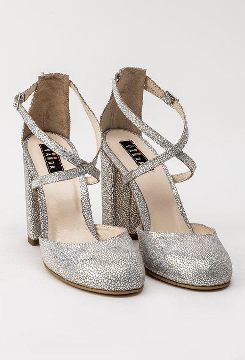 Pantofi argintii din piele naturala intoarsa Yolanda