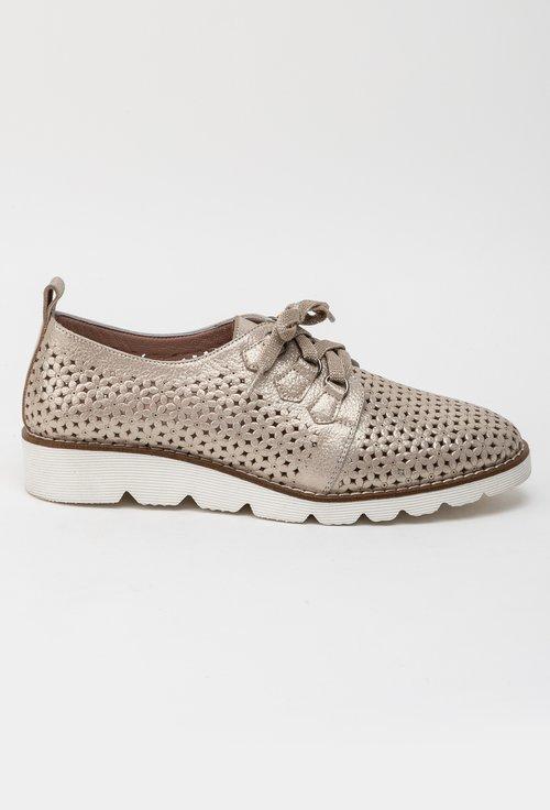 Pantofi bej din piele naturala cu model perforat Flower