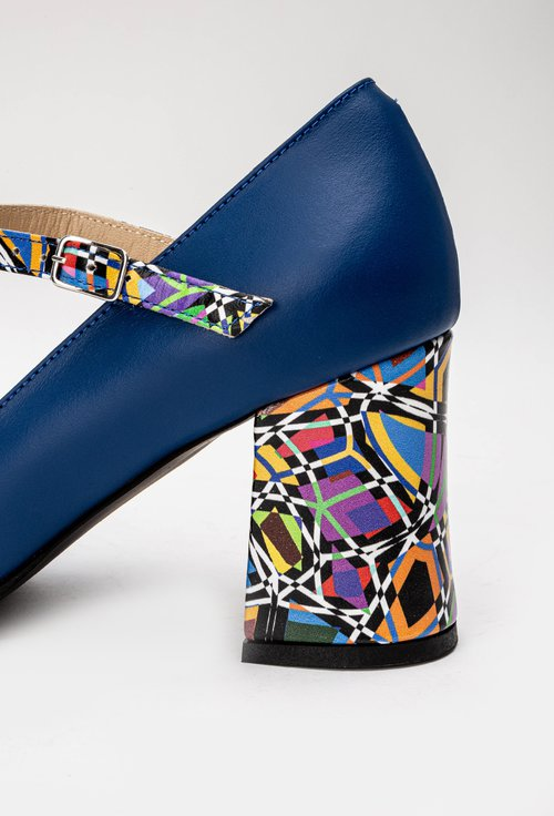 Pantofi bleumarin deschis din piele naturala cu bareta si detaliu