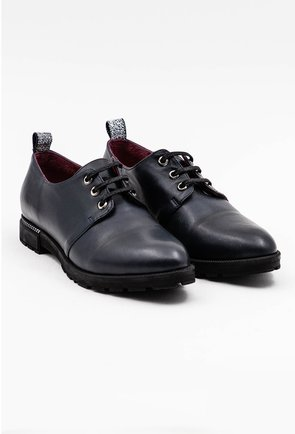 Pantofi bleumarin din piele naturala cu detaliu argintiu
