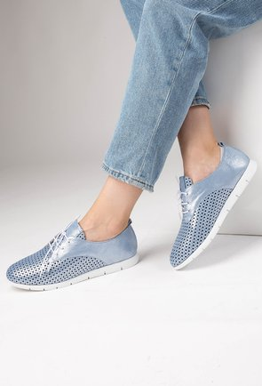 Pantofi blue cu inseratii sclipitoare din piele naturala Nini