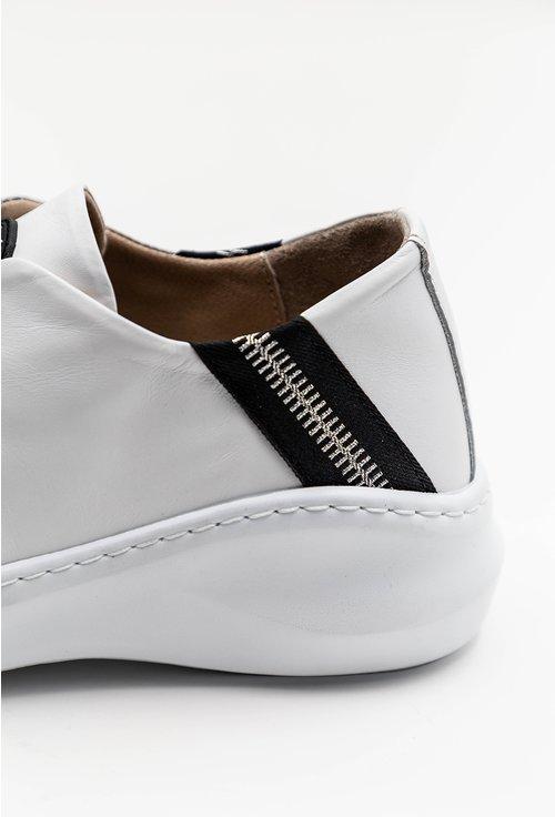 Pantofi casual albi din piele naturala cu detaliu stea
