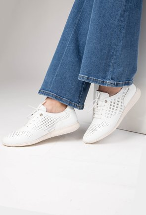 Pantofi casual albi din piele naturala Heba