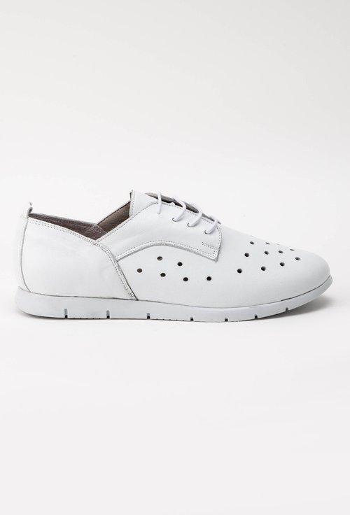 Pantofi casual albi din piele naturala perforata Vola