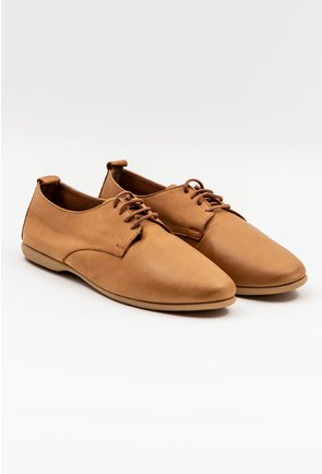 Pantofi casual bej din piele naturala cu siret