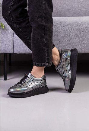 Pantofi casual din piele naturala gri cu insertii sclipitoare