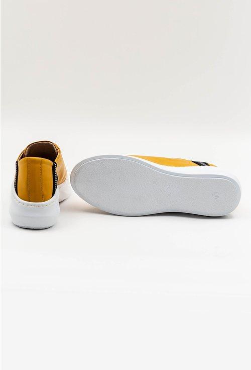 Pantofi casual galbeni din piele naturala cu detaliu stea