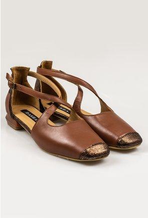 Pantofi casual maro din piele naturala cu barete incrucisate