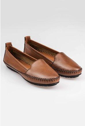 Pantofi casual maro din piele naturala cu detaliu cusatura