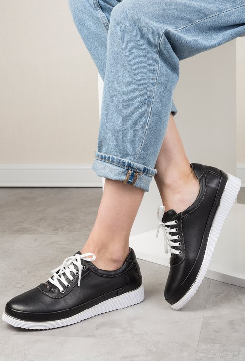 Pantofi casual negri din piele naturala Adonis