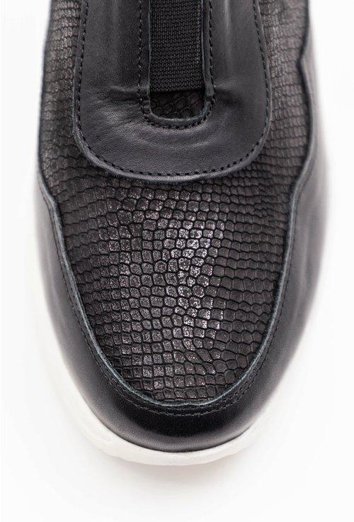 Pantofi casual negri din piele naturala cu platforma