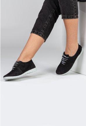 Pantofi casual negri din piele naturala intoarsa cu perforatii