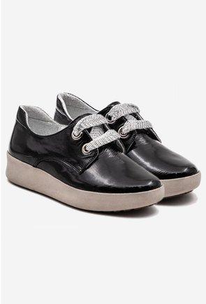 Pantofi casual negri din piele naturala lacuita