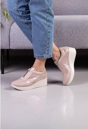 Pantofi casual nuanta nude din piele naturala cu platforma