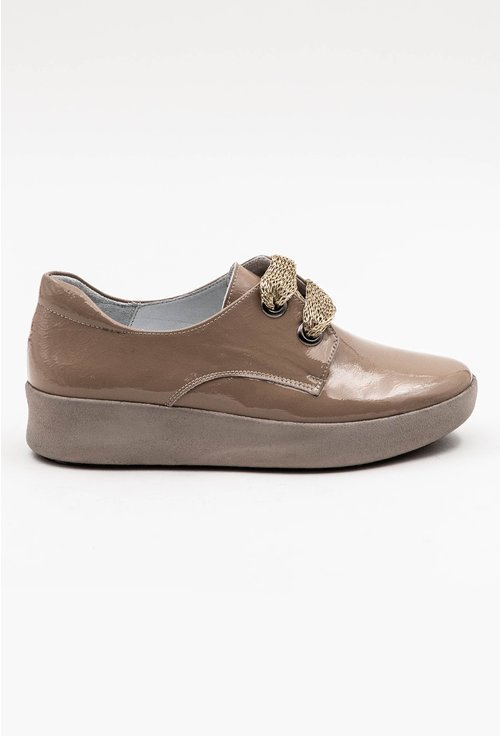 Pantofi casual nuanta nude din piele naturala lacuita