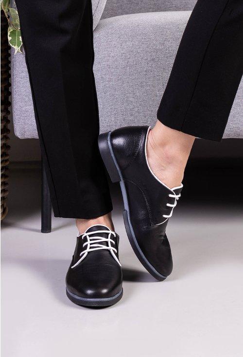 Pantofi din piele naturala negri