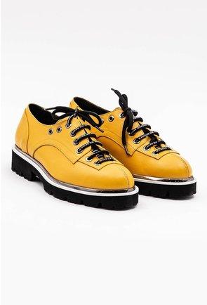 Pantofi galbeni din piele naturala cu siret cu scris