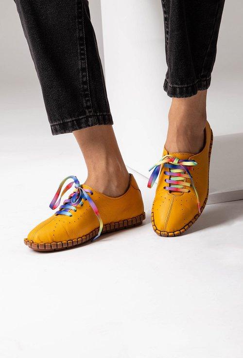 Pantofi galbeni mustar din piele cu siret colorat