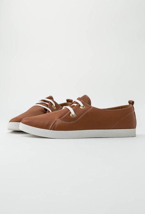 Pantofi maro deschis din piele naturala Aminia