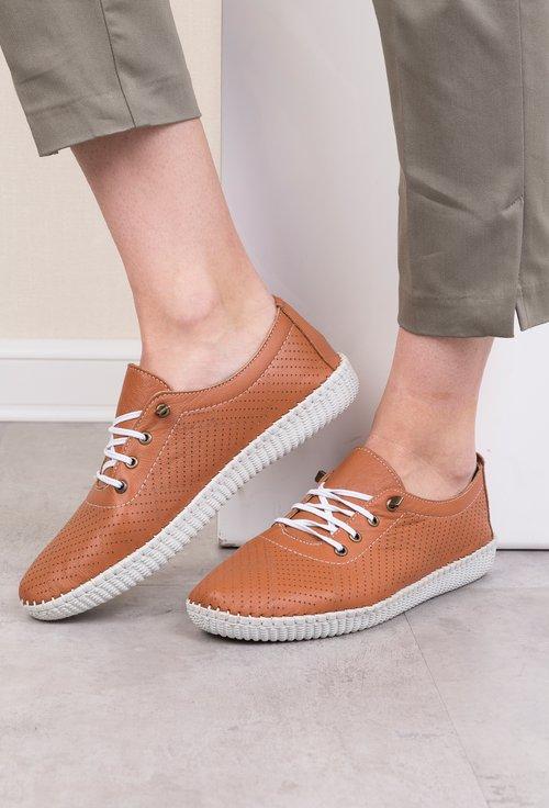 Pantofi maro din piele naturala Stela