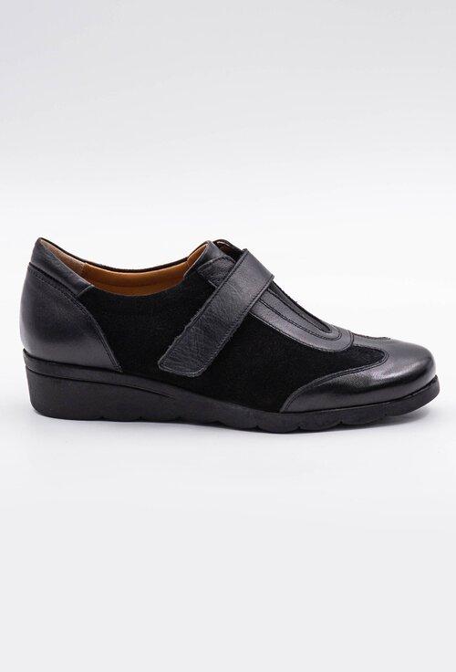 Pantofi negri din piele cu sistem inchidere velcro