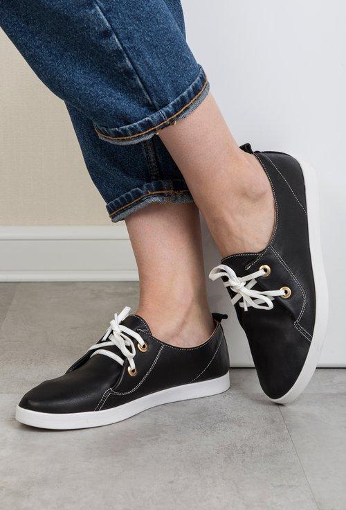 Pantofi negri din piele naturala Aminia
