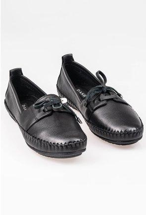 Pantofi negri din piele naturala cu detaliu cusatura si funda