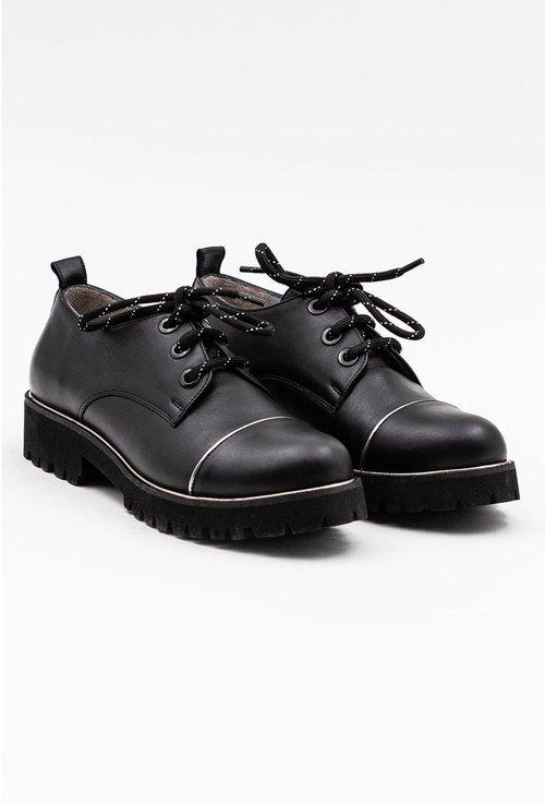Pantofi negri din piele naturala cu influente oxford