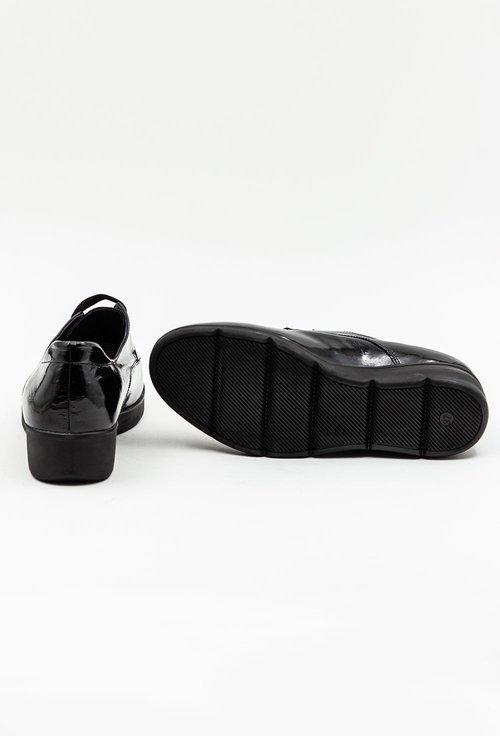 Pantofi negri din piele naturala lacuita