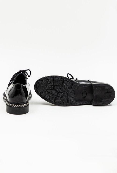 Pantofi negri din piele naturala lacuita cu detaliu cu fermoar