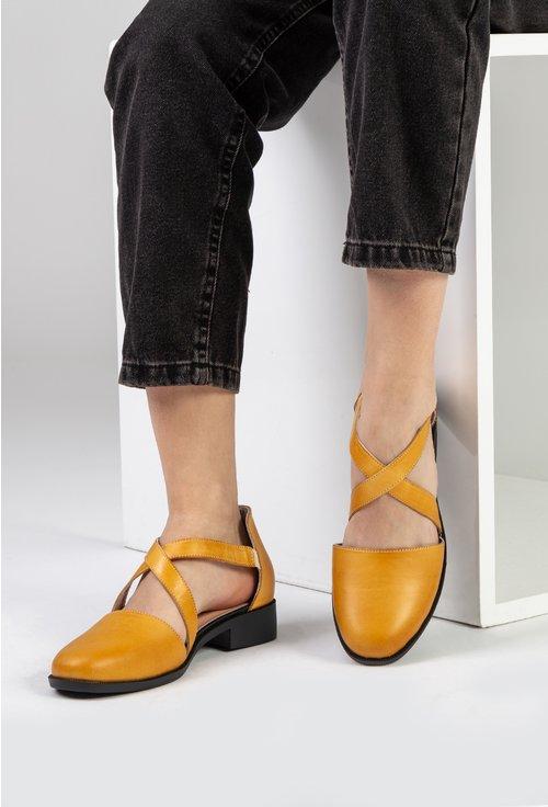 Pantofi nuanta galben mustar din piele naturala